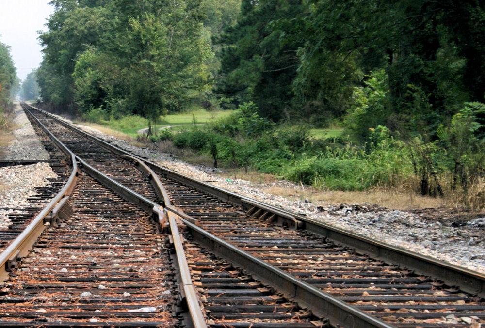 Courtland, Tennessee railway
