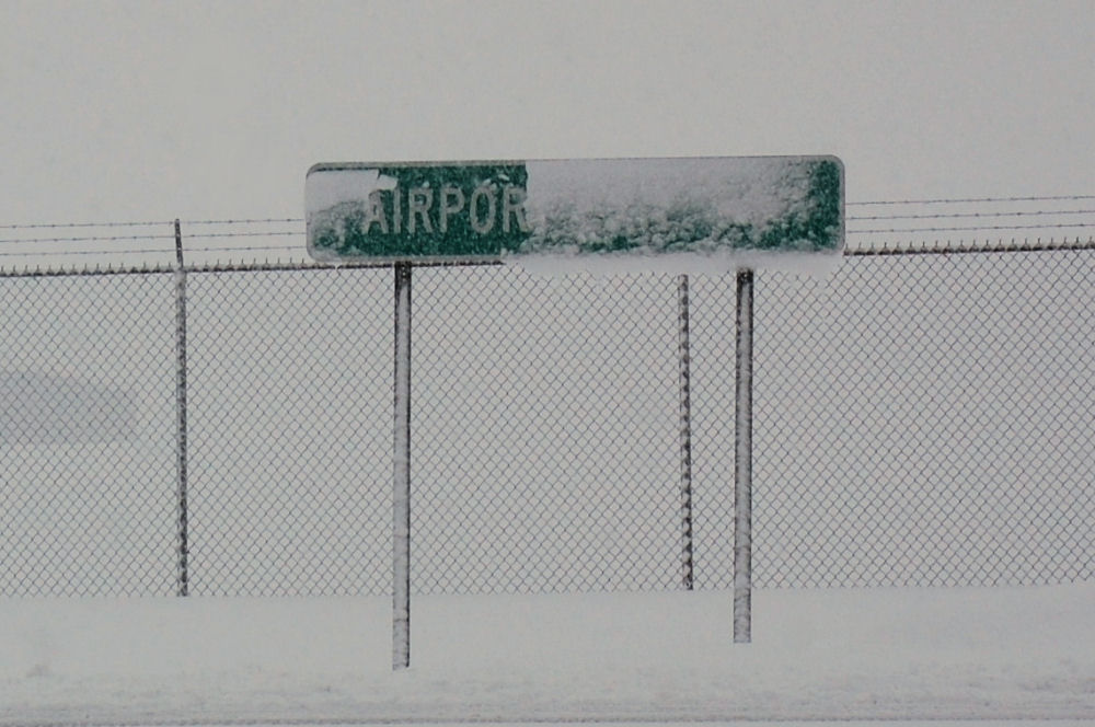 Syracuse NY Blizzard, airport closed for 3 days