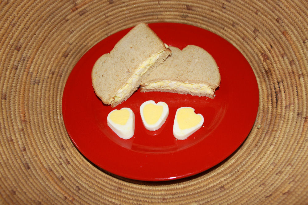 Egg Sandwich with egg hearts