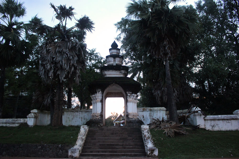 Wat Phon Sai temple at sunset, Luang Prabang, Laos